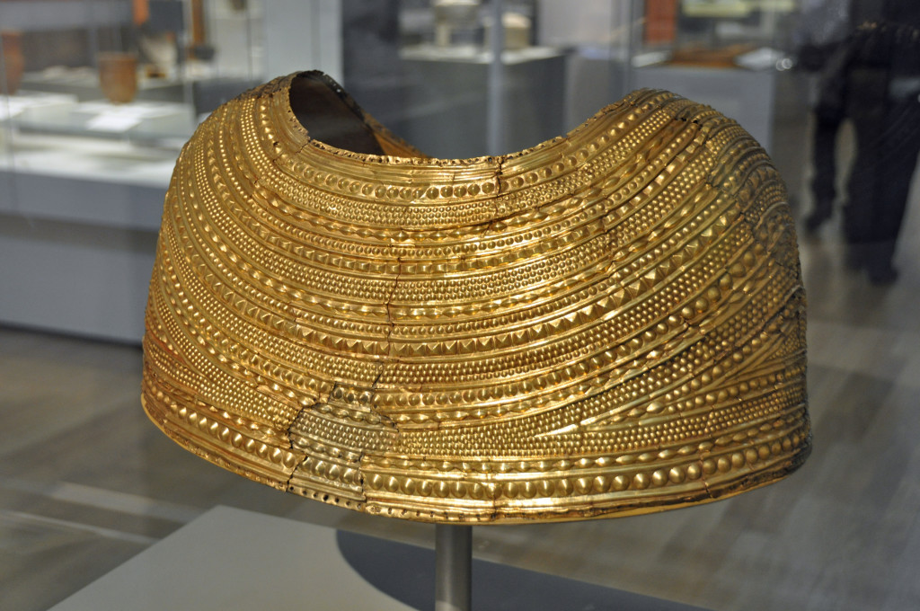 Gold Cape, Mold, British Museum