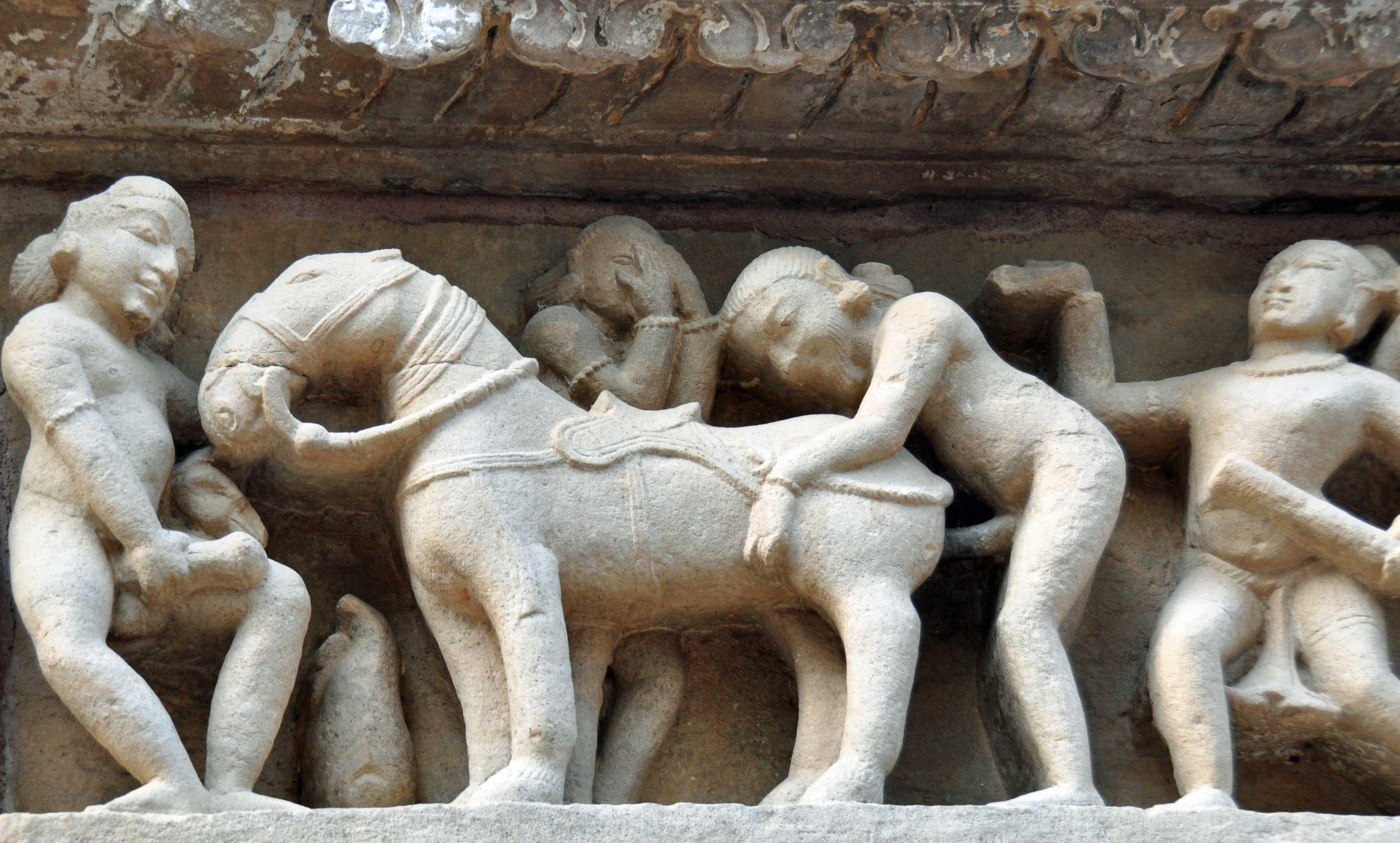 I can't watch & I can't not, Lakshmana temple, Khajuraho